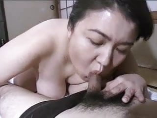 Asian mature BBW Mariko pt3 FMM (no censorship)